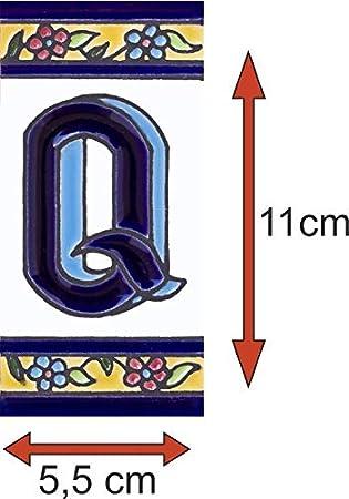 Numeros y letras para casa 5,5 x 11 cm pintado a mano 2 teminacaiones de cenefas