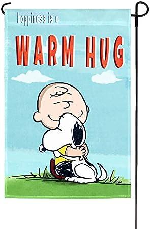 Peanuts Felicidad es un cálido abrazo jardín bandera 12 x 18