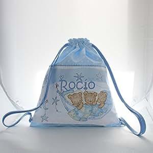 Bolsa mochila 3 osos, en tela pique celeste con estrellas blancas, personalizada con nombre. /30x35 cm./: Amazon.es: Bebé