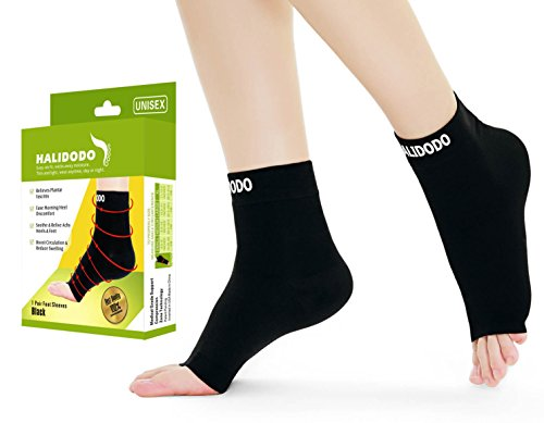 Price comparison product image Plantar Fasciitis Socks with Arch & Foot Support Compression Foot Sleeves for Effective Heel, Arch & Ankle Support Improves Circulation, Soothes Achy Feet, Minimizes Foot Pain (1 Pair, Black)