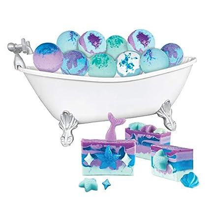 Amazon.com: Fashion Angels 12233 Mer-Mazing Bath Burst & Soap Making Super Set, Multicolor: Toys & Games
