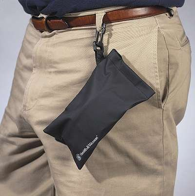 smith-wesson-swcpi-safety-glasses-pouch-with-belt-clip-and-velcro-closure
