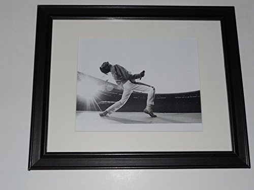 "Framed Queen Freddie Mercury 1986 Wembley Stadium On Stage B/W Poster 14"" by 17"""