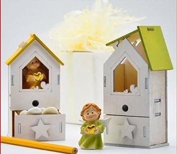 Taille-crayon en bois en forme de maison Blanc avec toit jaune, par une finsetrella frontale est visible un ange qui tient un cœur doré en deux variantes de couleur, dans la partie inférieure un Tirette avec pomme à fomra d'&eacu