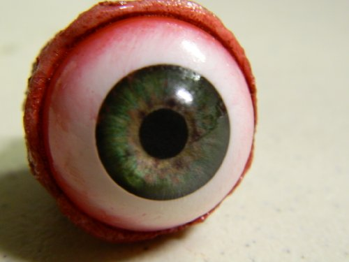 Eyeball Poppers for Masks or Skulls (Green)]()