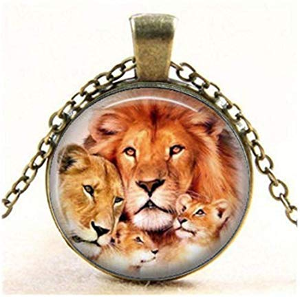 (Lions Family Art Photo Charm Pendant, King of The Jungle Jewelry,Necklace,Gift Keychain)