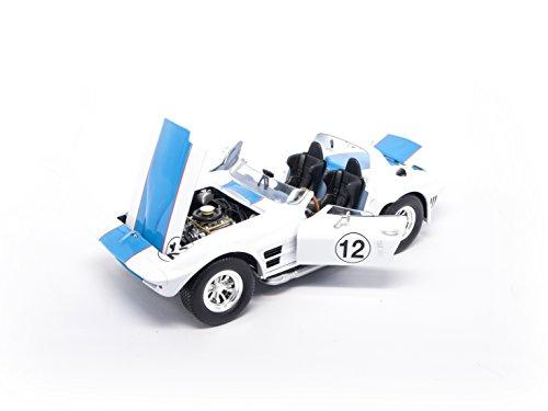 1964 Chevrolet Corvette Grand Sport Roadster #12 White 1/18 by Road Signature (1964 Chevrolet Corvette)