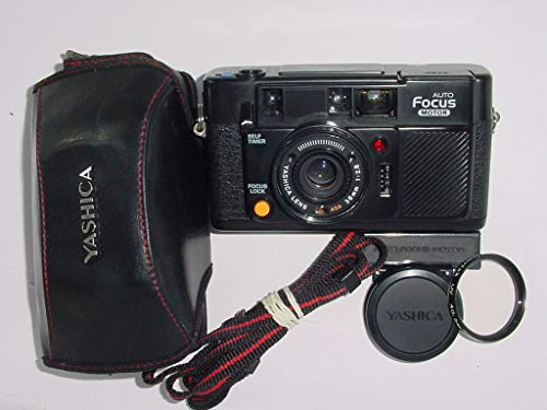 (Yashica EZ ZOOM 70 35mm Filmed Camera Yashica Zoom Lens f=35mm-70mm 1:3.5-6.7 Automatic Focusing Power Zoom Camera)