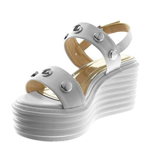 Angkorly Zapatillas Moda Sandalias Mules Correa de Tobillo Plataforma Mujer Tachonado Tanga Plataforma 7.5 cm Blanco