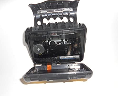 Sony WM-FS473 Digital Tuning Sports Walkman AM//FM Stereo Cassette Player with Auto Reverse