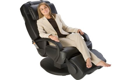 Human Touch ThermoStretch Massage Chair - Black