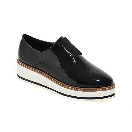 Amoonyfashion Vrouwen Pu Solide Elastische Ronde Gesloten Teen Kitten-hakken Pumps-schoenen Zwart