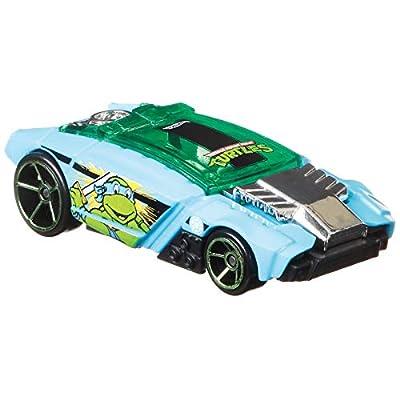 Hot Wheels TMNT Leonardo Rogue Hog 1/5, Blue: Toys & Games