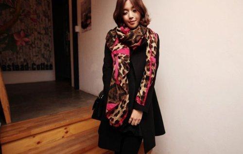 JOVANA Latest New Design Ladies Pink Heart Pattern Leopard Print Scarf (HOT PINK)