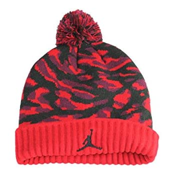 864af37b9535 Amazon.com  NIKE Jordan Jumpman Youth Therma Evasion Beanie (Red ...