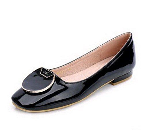 Aalardom Mujeres Solid Piel De Oveja Artificial Square-toe Flats-Zapatos Con Metal Negro