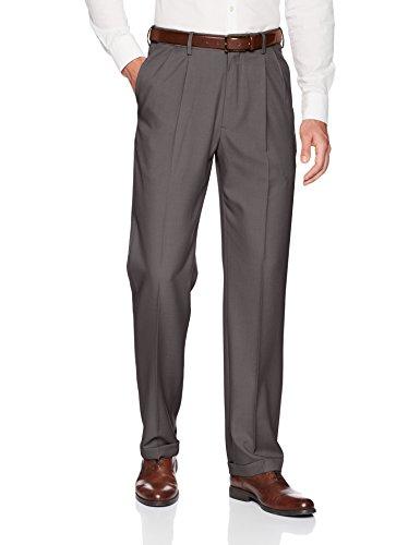 Haggar Men's Premium Comfort Classic Fit Pleat Expandable Waist Pant, Medium Grey, 34Wx30L