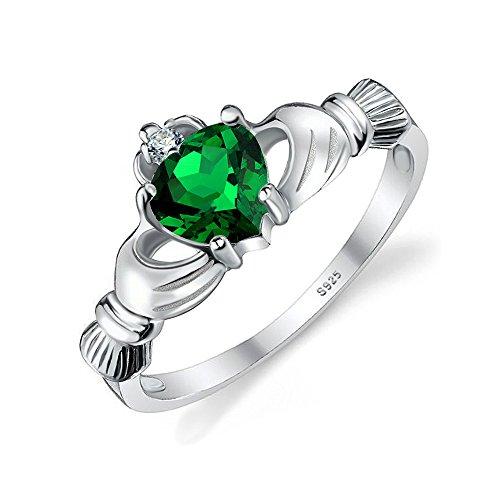 Emerald Set Claddagh Ring - 8