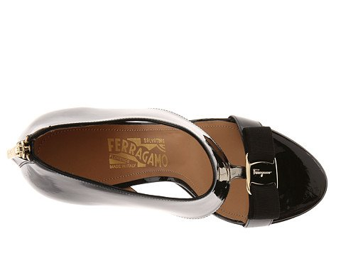 7b5de5bf4 Image Unavailable. Image not available for. Color  Salvatore Ferragamo  Women s Pellas Nero Patent ...