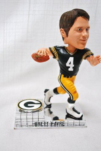 Green Bay Packers Official NFL #4 Brett Favre rare platinum base action Bobble Head by forever