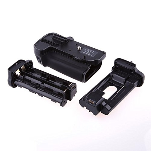 Battery Grip for Nikon D7000 Digital SLR Camera Replaces Nikon MB-D11