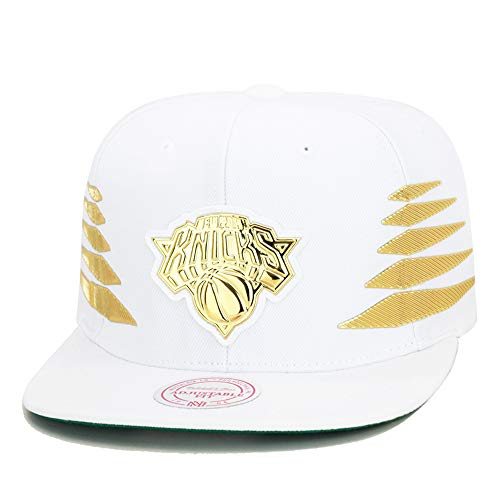 Mitchell & Ness Men's NBA Solid Gold Diamond Logo Snapback Cap, New York Knicks