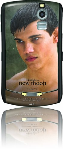 Skinit Protective Skin fits Curve 8330 (New Moon - Jacob in theRain)