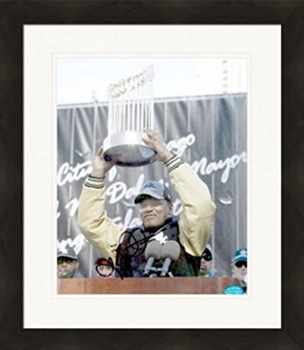 Signed Kenny Williams Photo - 8x10 Chicago White Sox 2005 World Series Champions Trophy Matted & Framed