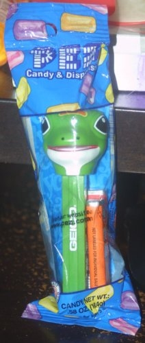 amazon com geico gecko pez dispenser candy toys games