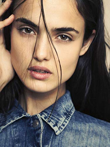- XXW Artwork Blanca Padilla Poster Singer/Pop/Music Prints Wall Decor Wallpaper