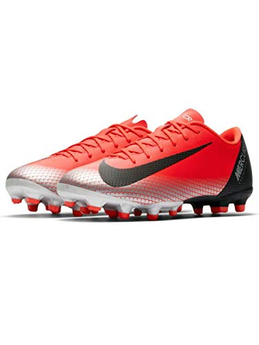 NIKE Youth Soccer Jr. Mercurial Vapor XII Academy Multi Ground Cleats (3 M US Little Kid) ()