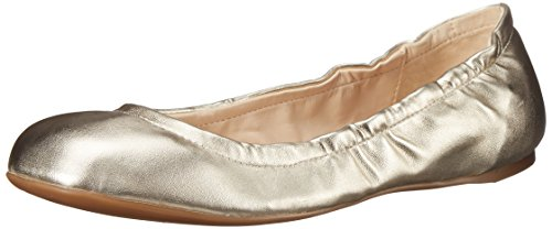 Nine West Women's Goalie Synthetic Ballet Flat, Light Gold, 6.5 M US