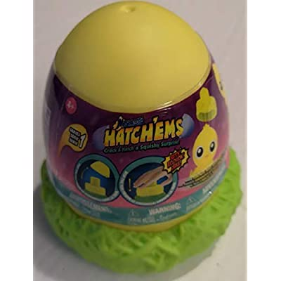 Mashems Hatchems Hatch'ems Mystery Pack (1Pack) (Chicks): Clothing