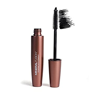 7abfee60e0d Amazon.com : Mineral Fusion Lengthening Mascara, Graphite.57 Ounce : Beauty