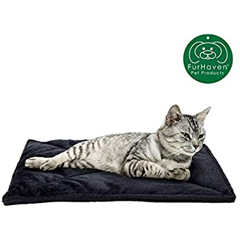 Furhaven Pet Dog Bed Heating Pad | ThermaNAP Quilted Faux Fur Insulated Thermal Self-Warming Pet Bed Pad for Dogs & Cats, Black