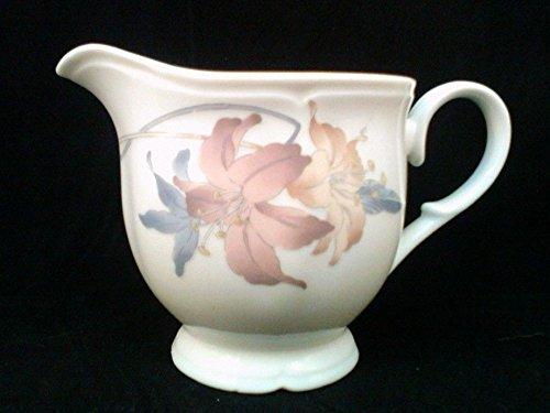 (Vintage Fine Porcelain China of Japan, Nouvelle Cusine Collection, Anatole Creamer)