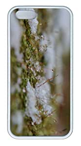 iPhone 5S Customized Unique Landscape Flowers Snowflakes On Moss New Fashion TPU White iPhone 5/5S Cases