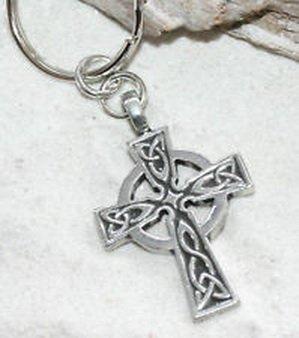 Blazers Jewelry 1985 - CELTIC CROSS WALES IRISH Pewter KEYCHAIN Key Chain - Key Pugster