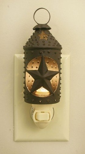 Colonial Tin Works Paul Revere Punched Star Nightlight - Primitive Rust ()