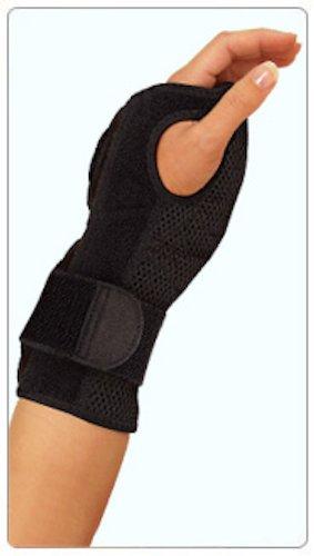 (Mueller Sports Medicine Night Support Wrist Brace, Black, Size Measure Around Wrist 5.75 - 9 Inches (Pack of 3))