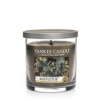 Yankee Candle Large 22-Ounce Jar Candle, Mistletoe