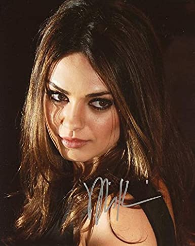 Mila Kunis CLOSE UP In Person Autographed Photo at Amazon's
