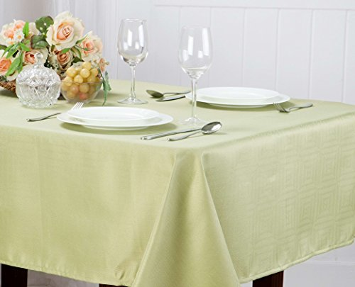Kashi Home Matilda Jacquard Table Cloth, 60 x 84