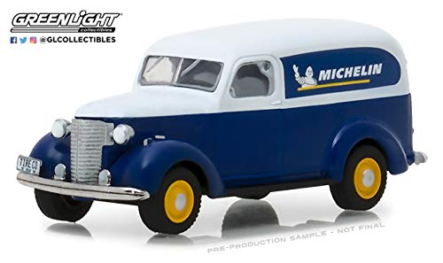 Greenlight -SOLD BY BRTC 1939 CHEVY CHEVROLET PANEL TRUCK MICHELIN RARE 1:64 SCALE DIECAST MODEL CAR ()