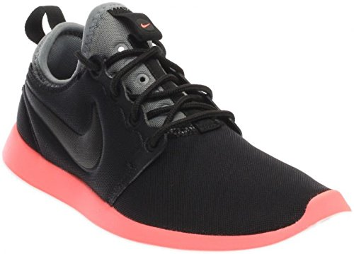 Nike Women's Roshe Two Shoe Black/Pink Size 8 M US