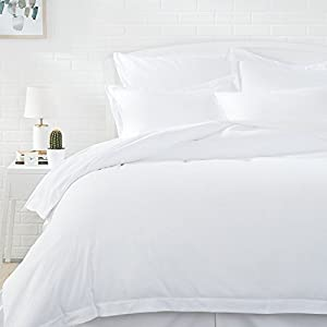 AmazonBasics Microfiber Duvet Cover Set - Full/Queen, Bright White
