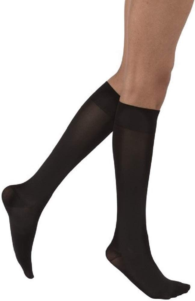 JOBST 115213  Opaque Knee High 15-20 mmHg Compression Stockings Natural Medium Closed Toe