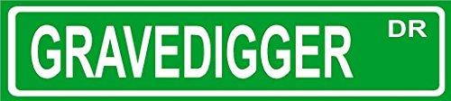 GRAVEDIGGER novelty Street sign décor 4