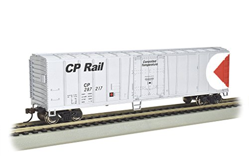 Bachmann Industries Steel Reefer Canadian Pacific Freight Car, 50' - Reefer 50' Steel