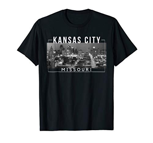 (Kansas City Missouri City of Fountains Skyline -)